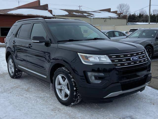 2017 Ford Explorer for sale at Miller Auto Sales in Saint Louis MI