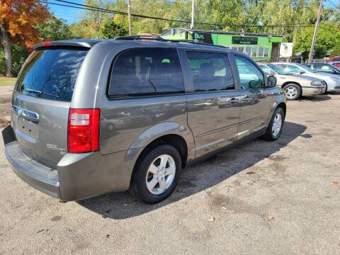 2010 Dodge Grand Caravan for sale at Johnny's Motor Cars in Toledo OH