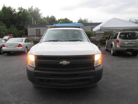 2010 Chevrolet Silverado 1500 for sale at Olde Mill Motors in Angier NC