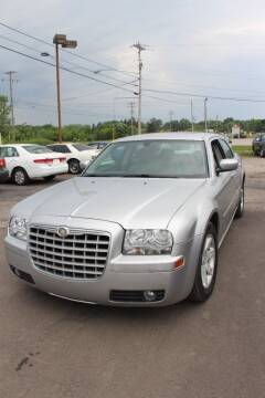 2006 Chrysler 300 for sale at RIDE NOW AUTO SALES INC in Medina OH