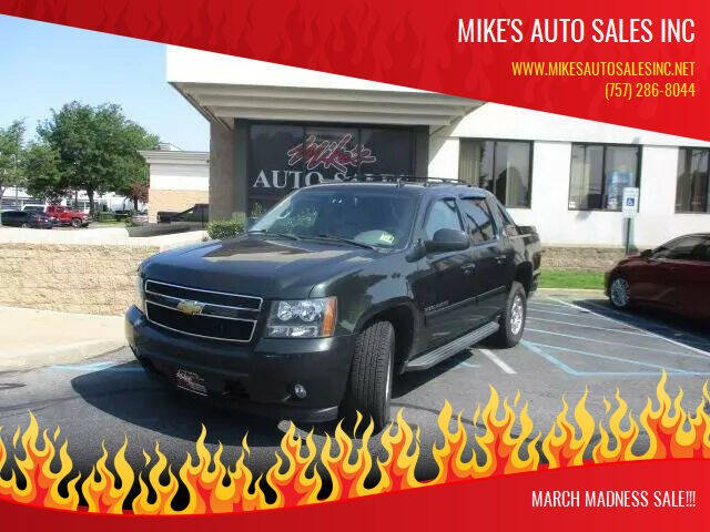 2013 Chevrolet Avalanche for sale at Mike's Auto Sales INC in Chesapeake VA