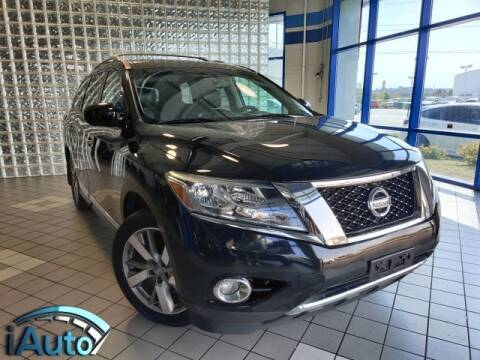 2014 Nissan Pathfinder for sale at iAuto in Cincinnati OH