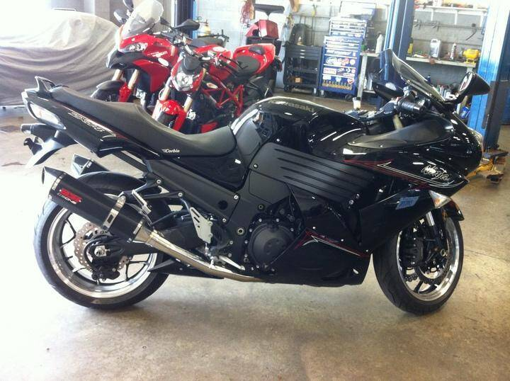 2011 Kawasaki Ninja ZX-14R for sale at Peninsula Motor Vehicle Group in Oakville Ontario NY