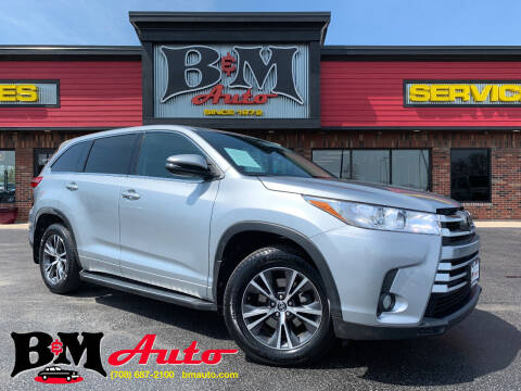 2017 Toyota Highlander for sale at B & M Auto Sales Inc. in Oak Forest IL