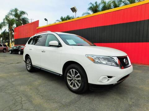2016 Nissan Pathfinder for sale at Carzone Automall in South Gate CA