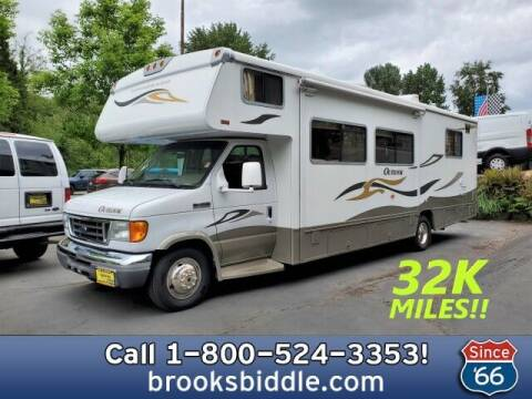 2007 Ford E-Series Chassis for sale at BROOKS BIDDLE AUTOMOTIVE in Bothell WA