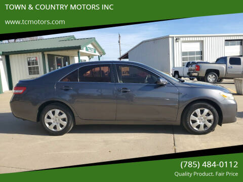 2010 Toyota Camry for sale at TOWN & COUNTRY MOTORS INC in Meriden KS