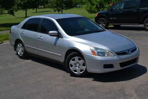 2007 Honda Accord for sale at GLADSTONE AUTO SALES    GUARANTEED CREDIT APPROVAL in Gladstone MO