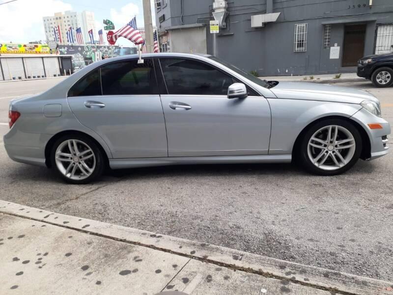 2013 Mercedes-Benz C-Class C 250 Luxury 4dr Sedan - Miami FL
