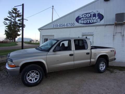 2002 Dodge Dakota for sale at SCOTT FAMILY MOTORS in Springville IA