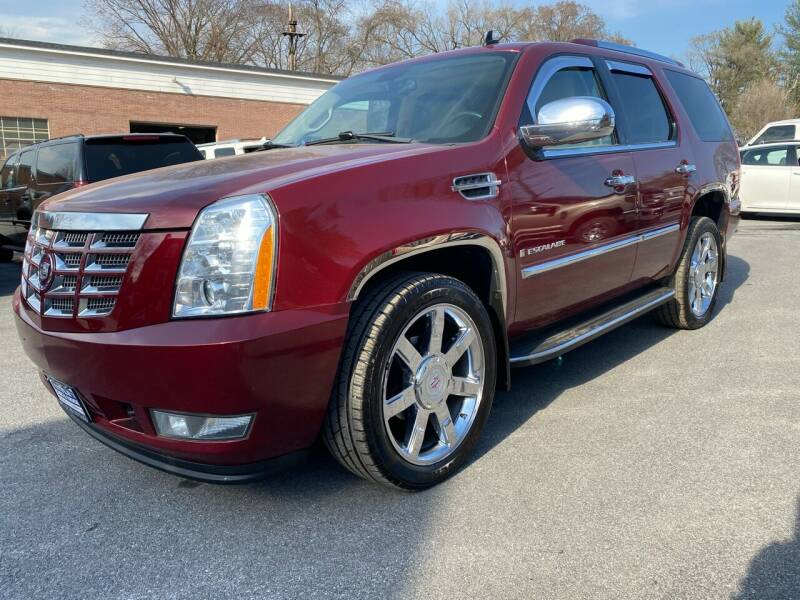 2008 Cadillac Escalade for sale at SETTLE'S CARS & TRUCKS in Flint Hill VA