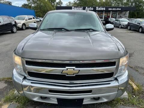 2013 Chevrolet Silverado 1500 for sale at Daniel Auto Sales inc in Clinton Township MI