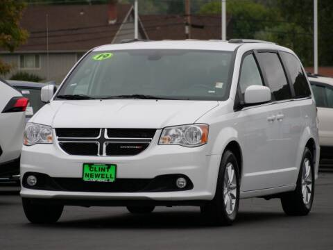 2019 Dodge Grand Caravan for sale at CLINT NEWELL USED CARS in Roseburg OR