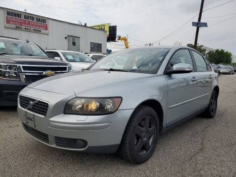 2007 Volvo S40 for sale at MENNE AUTO SALES LLC in Hasbrouck Heights NJ