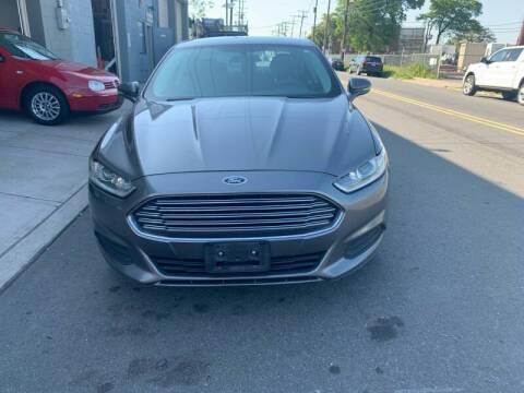 2014 Ford Fusion for sale at SUNSHINE AUTO SALES LLC in Paterson NJ