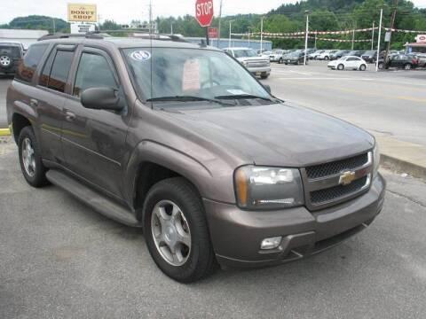 2008 Chevrolet TrailBlazer for sale at RACEN AUTO SALES LLC in Buckhannon WV