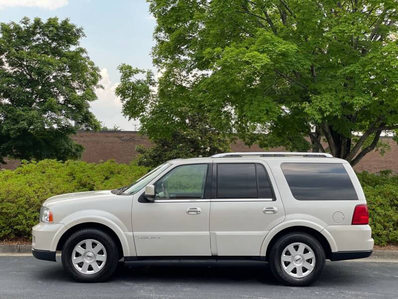 2005 Lincoln Navigator for sale at William D Auto Sales in Norcross GA