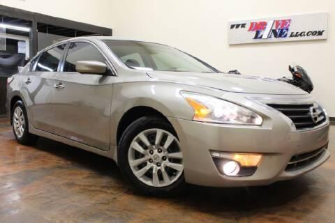 2015 Nissan Altima for sale at Driveline LLC in Jacksonville FL