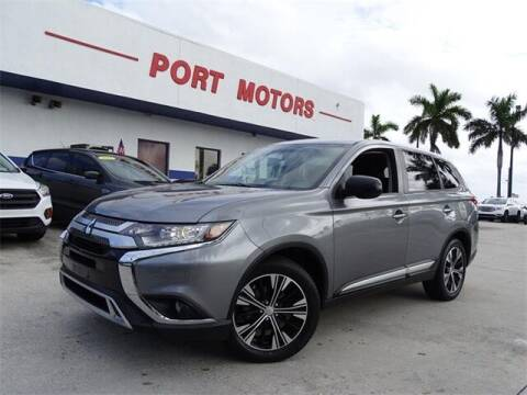 2019 Mitsubishi Outlander for sale at Automotive Credit Union Services in West Palm Beach FL