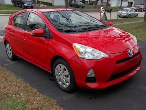 2012 Toyota Prius c for sale at GLOBAL AUTOMOTIVE in Gages Lake IL