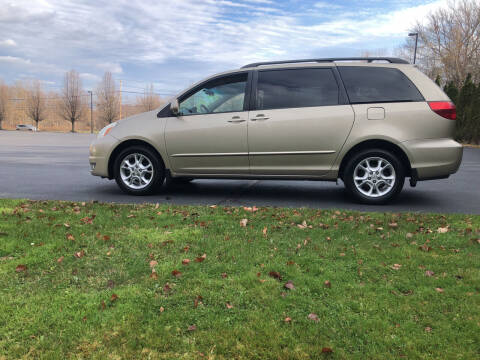 2004 Toyota Sienna for sale at Car Man Auto in Old Forge PA