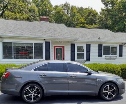 2016 Ford Taurus for sale at SIGNATURES AUTOMOTIVE GROUP LLC in Spartanburg SC