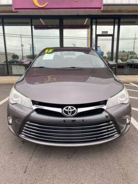 2015 Toyota Camry for sale at Greenville Motor Company in Greenville NC