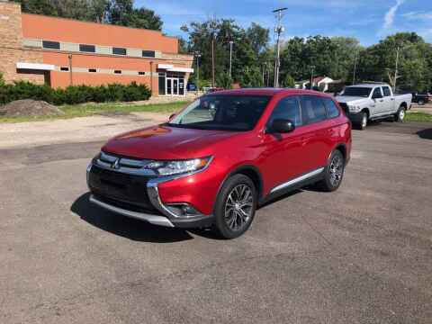 2016 Mitsubishi Outlander for sale at DILLON LAKE MOTORS LLC in Zanesville OH