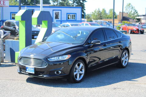 2014 Ford Fusion Hybrid for sale at BAYSIDE AUTO SALES in Everett WA