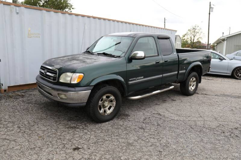 2002 Toyota Tundra for sale at Queen City Classics in West Chester OH