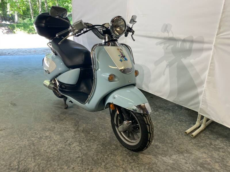 2004 Aprilia Mojito Custom 150 Scooter for sale at Kent Road Motorsports in Cornwall Bridge CT