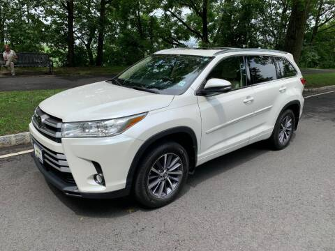 2018 Toyota Highlander for sale at Crazy Cars Auto Sale in Jersey City NJ