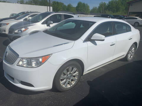 2012 Buick LaCrosse for sale at Auto Credit Xpress in Jonesboro AR