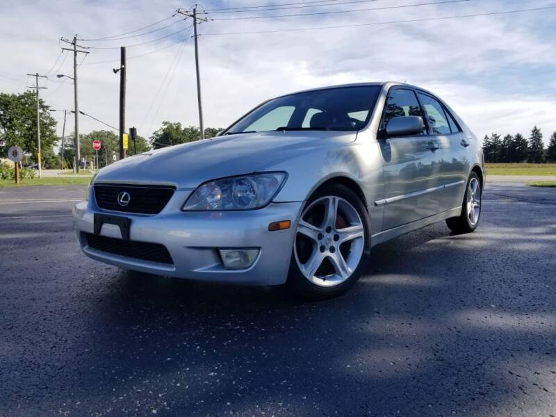 2002 Lexus IS 300 for sale at Sinclair Auto Inc. in Pendleton IN