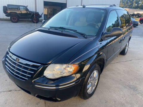 2005 Chrysler Town and Country for sale at Elite Motor Brokers in Austell GA