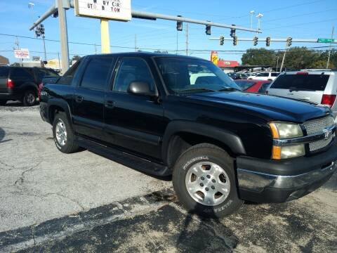 2003 Chevrolet Avalanche for sale at Autos by Tom in Largo FL