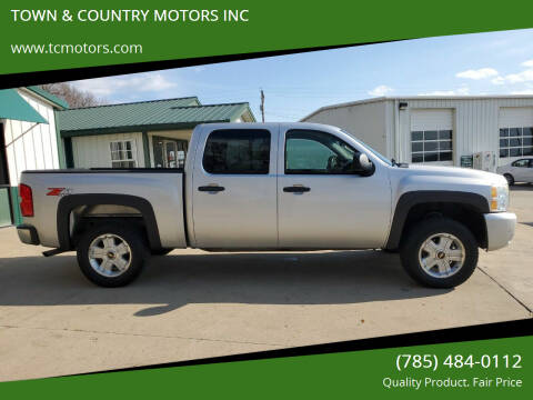 2011 Chevrolet Silverado 1500 for sale at TOWN & COUNTRY MOTORS INC in Meriden KS