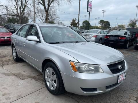 2008 Hyundai Sonata for sale at Direct Auto Sales in Milwaukee WI