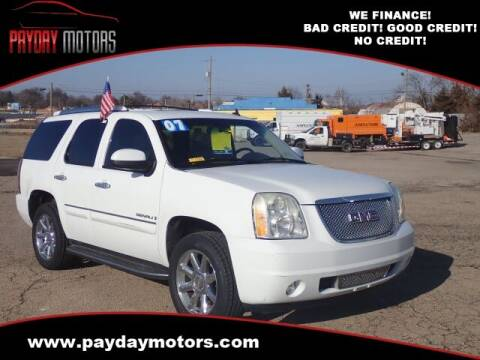 2007 GMC Yukon for sale at Payday Motors in Wichita And Topeka KS