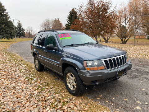 2001 Jeep Grand Cherokee for sale at BELOW BOOK AUTO SALES in Idaho Falls ID