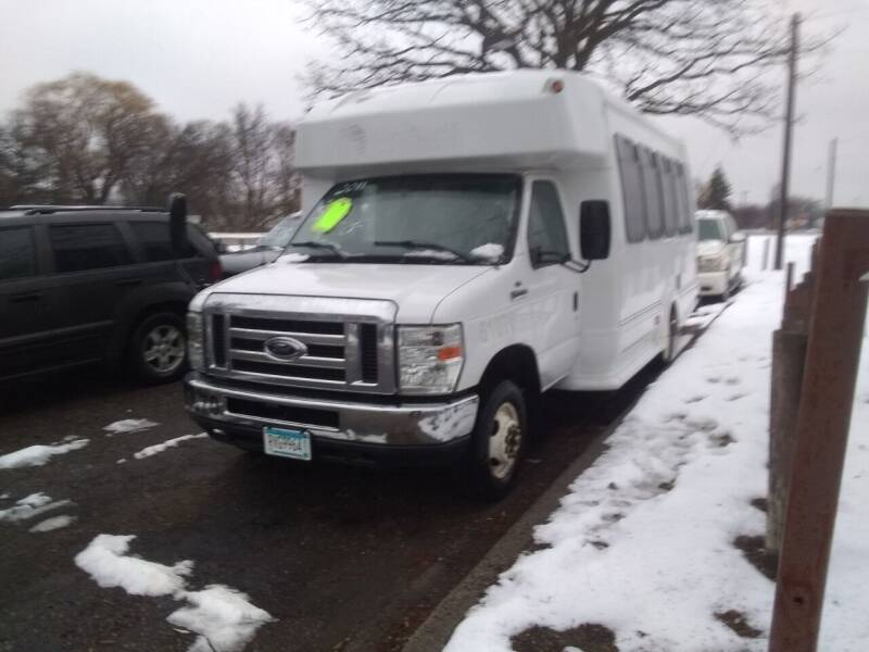2011 Ford E-Series Chassis for sale at Continental Auto Sales in White Bear Lake MN