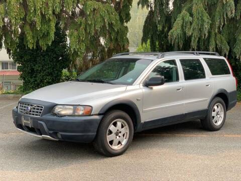 2001 Volvo V70 for sale at Q Motors in Lakewood WA