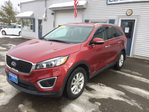 2017 Kia Sorento for sale at CLARKS AUTO SALES INC in Houlton ME
