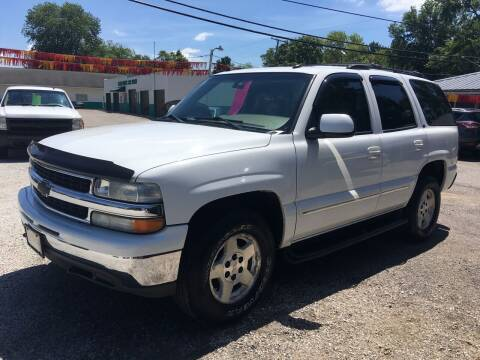 2004 Chevrolet Tahoe for sale at Antique Motors in Plymouth IN