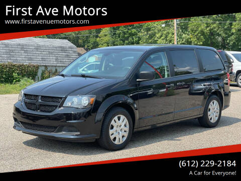 2019 Dodge Grand Caravan for sale at First Ave Motors in Shakopee MN
