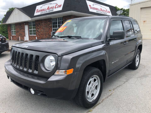 2014 Jeep Patriot for sale at tazewellauto.com in Tazewell TN