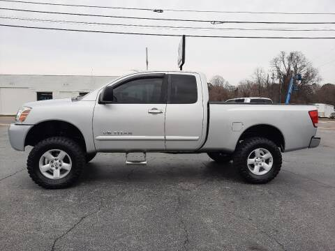 2006 Nissan Titan for sale at G AND J MOTORS in Elkin NC