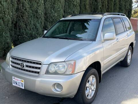 2003 Toyota Highlander for sale at River City Auto Sales Inc in West Sacramento CA
