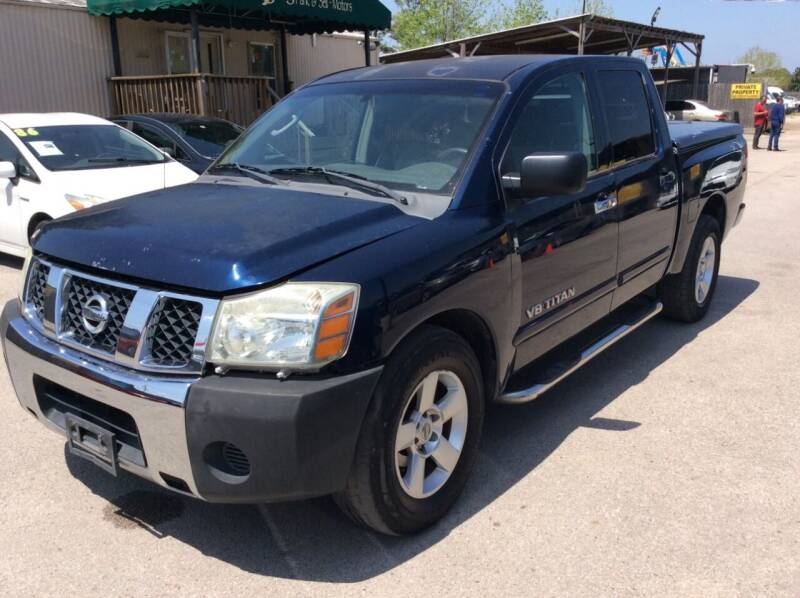 2006 Nissan Titan for sale at OASIS PARK & SELL in Spring TX