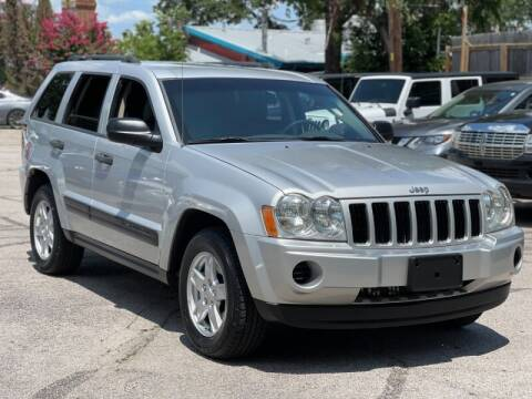 2005 Jeep Grand Cherokee for sale at AWESOME CARS LLC in Austin TX